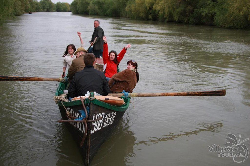 Весело кататись човником у Вилково
