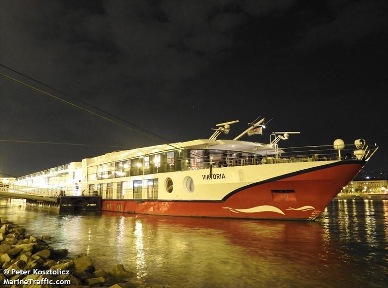 Круизный сезон на Дунае. Начало круизного сезона на Дунае. Пассажирский теплоход. Дунай. Морвокзал Вилково, Дунай, теплоход, туристы, одесская область, вилково, туристический сезон, Passenger Ship, Ferry, Cruise ship, Viktoria