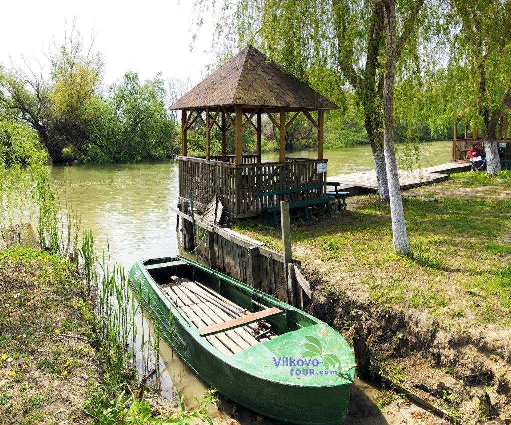 База Вилково-тур, отдых на Дунае, Вилково-Тур, отдых на острове